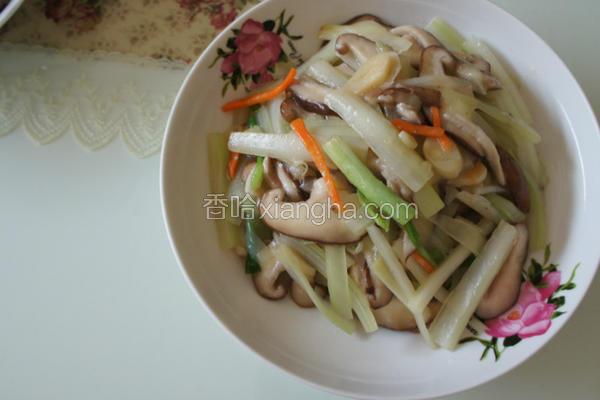 西芹炒鲜菇