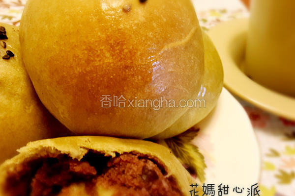 抹茶红豆餐包