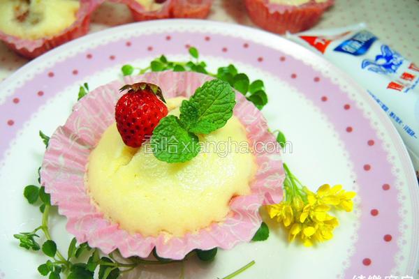 草莓芙蓉糕