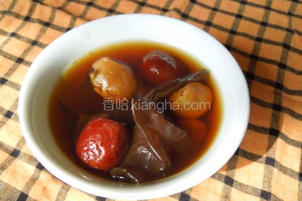 热唿唿黑木耳甜汤