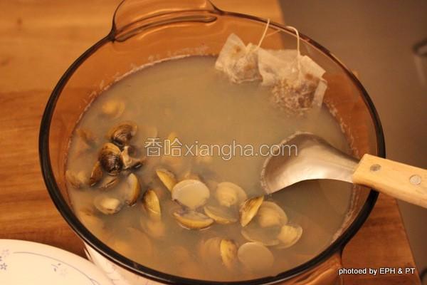 牛蒡黄金蚬汤