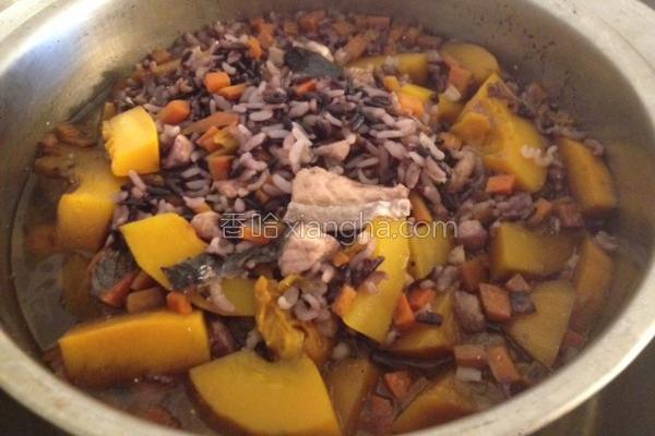 南瓜黑米炖饭的做法