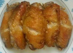 蒜香蚝油烤鸡翅。