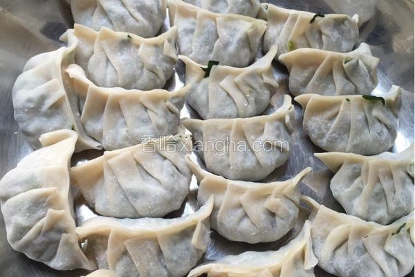 菠菜鲜菇猪肉饺