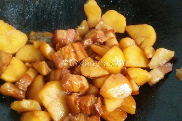 五花肉炆土豆