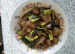 黄瓜条凉拌红薯凉粉