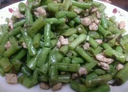 榄菜肉碎炒豆角