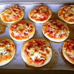 快手迷你披萨的做法[图]
