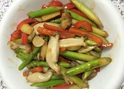 芦笋炒鲍鱼片