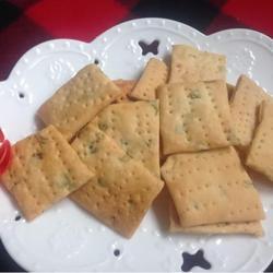 葱香酥苏打饼干