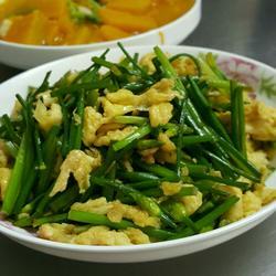 韭菜芯炒蛋花