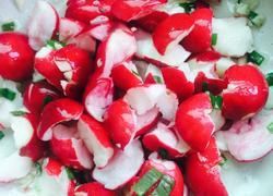凉拌樱桃小萝卜