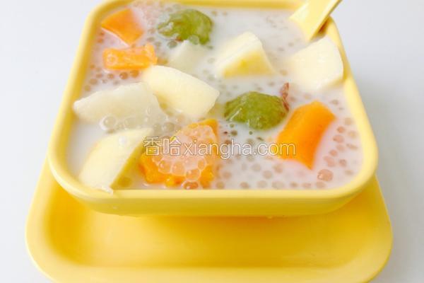 椰汁水果西米捞