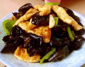 木耳炒豆腐[图]