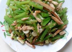 香干里脊炒芹菜