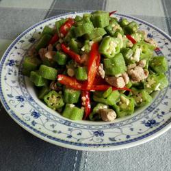 秋葵小炒肉的做法[图]