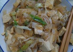 大葱炒豆腐加剩菜