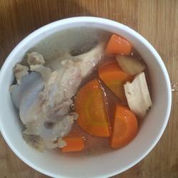 羊骨胡萝卜汤的做法[图]