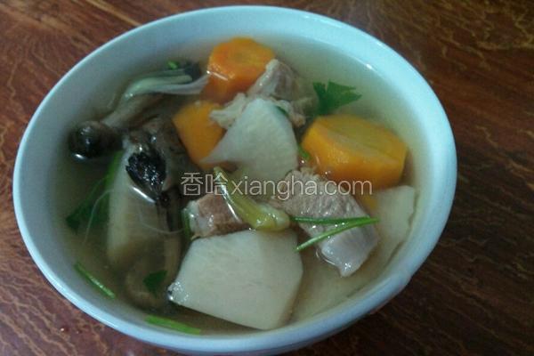 羊肉蘑菇萝卜汤