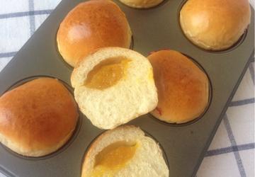 果酱甜面包