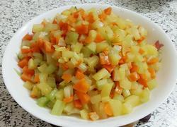 芹菜土豆胡萝卜丁