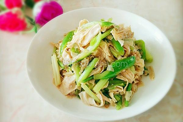 青椒芹菜炒腐竹