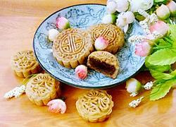 红豆沙馅广式月饼