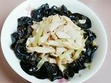 芹菜黑木耳腐竹肉片的做法[图]