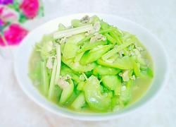 芹菜瘦肉炒丝瓜