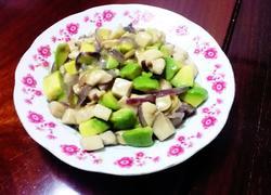 牛油果菌菇炒鸡胸肉