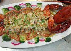 蒜茸粉丝蒸龙虾