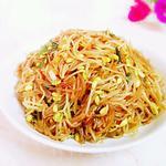 黄豆芽炒条的做法[图]