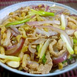 肉炒洋葱榨菜丝的做法[图]