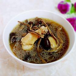 养胃阹湿鸡汤的做法[图]