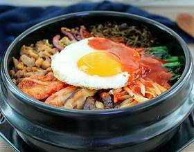韓式石鍋拌飯[圖]