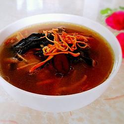 虫草花乌鸡汤的做法[图]