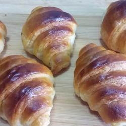 #乐享陶瓷#可颂面包