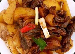 狗肉炆土豆