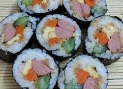 五颜六色的寿司