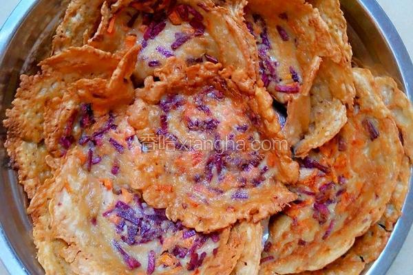 红萝卜紫薯糯米粉煎饼