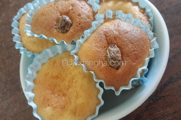 椰蓉/葡萄干小蛋糕