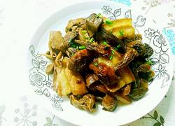 姬松茸炒肉