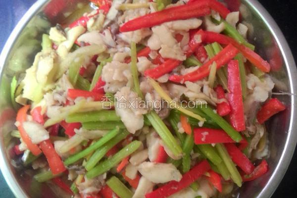 白鳞鱼,香芹,红菜椒