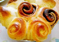 榛子酱夹心面包
