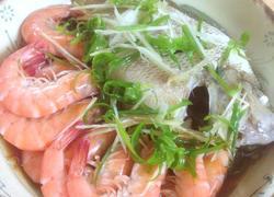 极鲜鱼虾拼盘