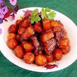 紅燒肉燉鵪鶉蛋的做法[圖]