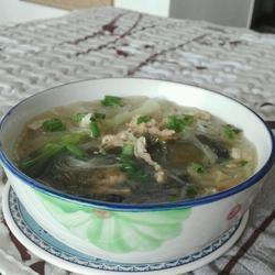 酸菜肉丝粉丝汤的做法[图]