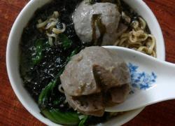 牛肉丸紫菜汤面