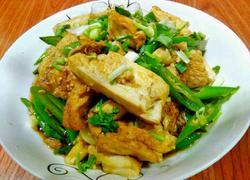 青椒闷豆腐