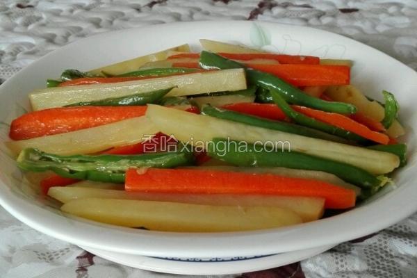 胡萝卜青椒炒土豆